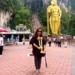 Kuala Lumpur: Sacred Shrine at the Batu Caves in Malaysia